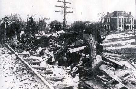 Shepherdsville train wreck images